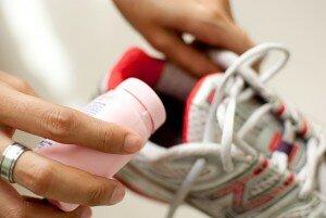 Уход за обувью против запаха