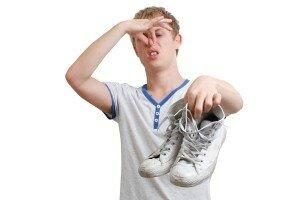Неприятно пахнут кроссовки