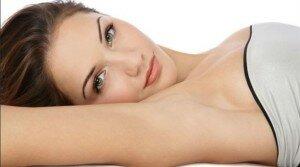 Наносите Секрет на чистую кожу